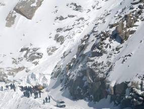 जम्मू एवं कश्मीर और लद्दाख में हिमस्खलन की चेतावनी