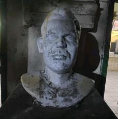 बांग्लादेश : 1971 के शहीद की प्रतिमा को बदमाशों ने किया क्षतिग्रस्त