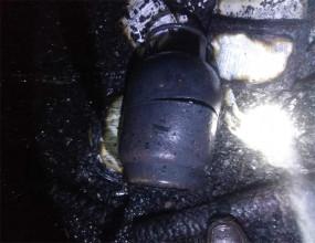 महिला ने शराब के नशे में लगाई आग, सिलेंडर में ब्लास्ट होने से मची अफरा-तफरी