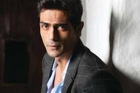 बॉलीवुड ड्रग्स मामला : फिल्म अभिनेता रामपाल ने हाजरी के लिए एनसीबी से मांगा समय