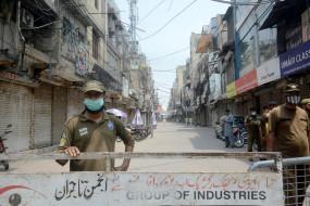 पाकिस्तान में बढ़ रहे कोरोना के मामले, अब तक 8,398 मौतें