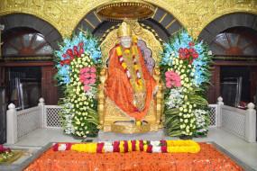 शिरडी मंदिर में ड्रेस कोड न तो नया और ना ही अनिवार्य : अधिकारी