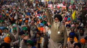 किसान आंदोलन: किसानों ने स्वीकारा सरकार का प्रस्ताव, कल दोपहर 2 बजे होगी अहम बातचीत