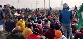 किसान आंदोलन 12वें दिन जारी, भारत बंद से पहले दिल्ली की कई सीमाएं सील