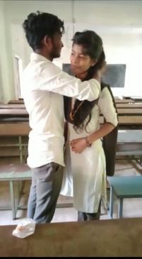 नाबालिगलड़का-लड़की ने क्लास रूम में  कर ली शादी, वीडियो किया वायरल