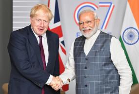 मोदी ने ब्रिटेन के पीएम को गणतंत्र दिवस मुख्य अतिथि बनने का न्योता दिया