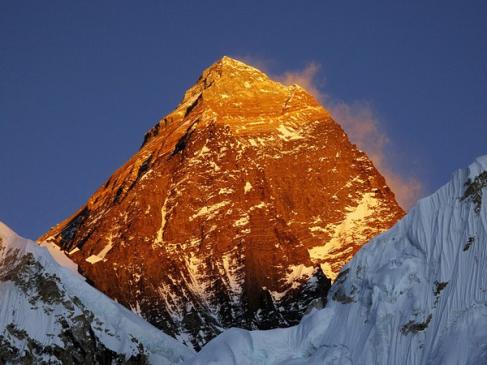Mount Everest: 2.8 फीट बढ़ी माउंट एवरेस्ट की ऊंचाई, 8848.86 मीटर हुई दुनिया की सबसे ऊंची चोटी की हाइट
