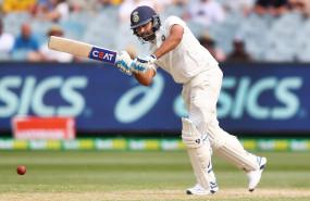 ऑस्ट्रेलिया के खिलाफ तीसरे टेस्ट से पहले मेलबर्न में टीम इंडिया से जुड़ेंगे रोहित शर्मा : शास्त्री