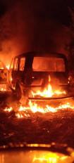 सतना - तिलकोत्सव में विवाद स्कार्पियो फंूकी, 4 वाहन तोड़े , रीवा रेफर किए गए हमले में घायल 3 युवक