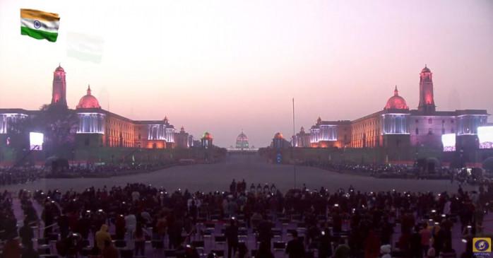 Beating Retreat ceremony: 26 तरह की धुनों से गूंजा विजय चौक, राष्ट्रपति और प्रधानमंत्री रहे मौजूद, देखें वीडियो