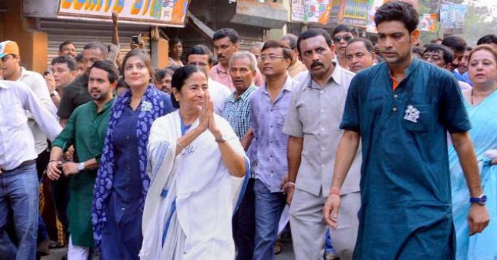 विधानसभा चुनाव 2021: TMC को लगा बड़ा झटका, पूर्व क्रिकेटर लक्ष्मी रतन शुक्ला ने मंत्री पद से दिया इस्तीफा