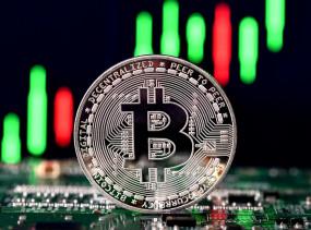 Bitcoin: बिटक्वॉइन ने बीते 5 सालों में निवेशकों को लखपति से करोड़पति बनाया, 9200 फीसदी का रिटर्न दिया