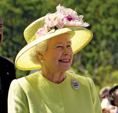ब्रिटेन : एलिजाबेथ द्वितीय की 95वीं जन्मतिथि पर लॉन्च किया जाएगा नया सिक्का