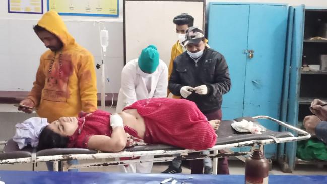 भाई ने बका से हमला कर काटा बहन का हाथ
