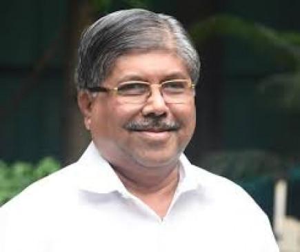मंत्रीपद से इस्तीफा दें धनंजय मुंडेः पाटील