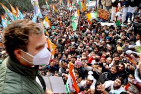 FarmLaws: राहुल गांधी और प्रियंका गांधी ने किसानों के समर्थन में मार्च निकाला- बोले- नरेंद्र मोदी किसान की इज्जत नहीं करते