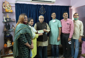 राम मंदिर निर्माण के लिए उत्तर प्रदेश के पूर्व राज्यपाल राम नाईक ने दी एक महीने की पेंशन