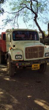 अवैध उत्खनन और परिवहन में लिप्त हाइवा, डंफर और पोकलेन मशीन जब्त