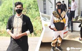 Varun-Natasha Wedding: यॉट से पहुंचे करण जौहर, अतरंगी लुक में आए नजर