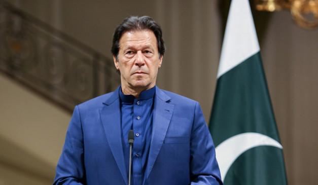 पाकिस्तान सरकार 31 जनवरी को इस्तीफा नहीं देगी : वित्त मंत्री कुरैशी