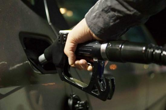 गणतंत्र दिवस पर भी बढ़े पेट्रोल-डीजल के दाम, देश में पहली बार मुंबई में 92.62 रुपए और मध्यप्रदेश में 94 रुपए
