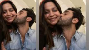 रणथम्बोर में रणबीर कपूर ने किया आलिया भट्ट की बहन को Kiss, तस्वीर हुई वायरल