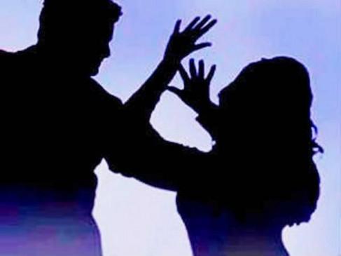 नौकरी का झांसा देकर महिला से दुष्कर्म, ड्रग्स के साथ तीन तस्कर गिरफ्तार