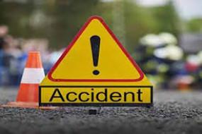 Road accident : वाहन ने रिक्शा चालक को कुचला - मौत