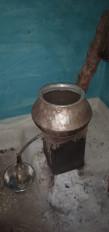अवैध शराब के साथ तस्कर गिरफ्तार, 60 लीटर कच्ची शराब जब्त, 125 लीटर लाहन नष्ट