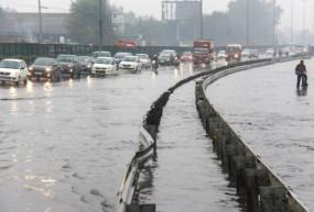 Weather Update: दिल्ली सहित उत्तर भारत के कई हिस्सों में हुई बारिश, ऐसे रहे देश के हालात