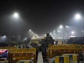 Farmers Protest: गाजीपुर बॉर्डर दोनों तरफ से बंद, धारा 144 लागू, राकेश टिकैत बोले- हम हटने वाले नहीं