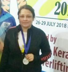 मां बनने के बाद नेशनल में 3 मेडल और स्टेट में जीते 2 स्वर्ण पदक