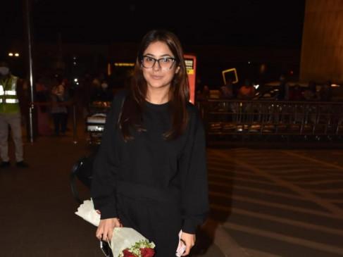 शहनाज गिल जल्द आएंगी फिल्मों में नजर, शूटिंग के लिए हुई रवाना, एयरपोर्ट पर हुईं स्पॉट