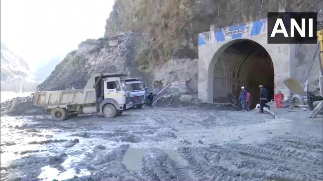 Chamoli tragedy: Relief efforts slow down due to water and mud in Tapovan tunnel |  Chamoli tragedy: Rescue work slows down due to water and mud in Tapovan tunnel, 58 bodies recovered so far