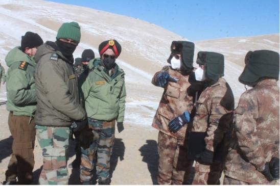 India-China: पूर्वी लद्दाख में पैंगोंग झील के फिंगर 4 क्षेत्र से पीछे हटी चीनी सेना, शेल्टर भी नष्ट किए
