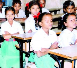 अंगरेजी पर फोकस, मनपा ने 6 स्कूलों को दी मान्यता