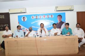 मुंबई कांग्रेस प्रमुख ने साधा सचिन पर निशाना, पूछा- क्या आप बीजेपी के भारत रत्न हैं?
