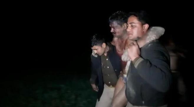 UP: कासगंज में शराब माफिया का पुलिस की टीम पर हमला, सीपाही की मौत, दरोगा गंभीर