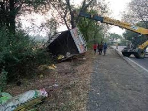 महाराष्ट्र : जलगांव के पास भीषण दुर्घटना में 15 मजदूरों की मौत, अनेक घायल