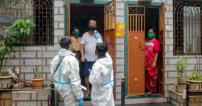 Coronavirus: महाराष्ट्र में फिर बढ़ा कोरोना का कहर, चार महीनों बाद सबसे ज्यादा केस सामने आए