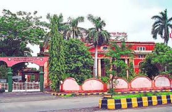 नागपुर यूनिवर्सिटीका बजट 420 करोड़ पर अटका