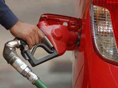 मध्यप्रदेश के अनूपपुर के कोतमा में सादा पेट्रोल 100.31 रु./लीटर पहुंचा