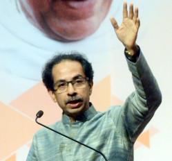 मुंबई में 3 हजार कोरोना मामले, मुख्यमंत्री ने कहा, लॉकडाउन का भी विकल्प है