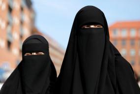 पाबंदी: श्रीलंका में सार्वजनिक जगहों पर बुर्का पहनने पर बैन, बंद रहेंगे मदरसे