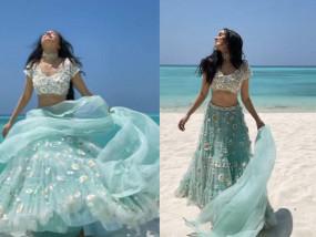 श्रद्धा कपूर ने मालदीव में किया समुद्र किनारें डांस, ब्लू लहंगे में स्लो मोशन वीडियो वायरल