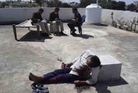 आत्महत्या से थर्राया छिंदवाड़ा: रिटायर्ड कर्मी ने खुद को गोली मारी और दो ने लगाई फांसी, एक ने खाया जहर
