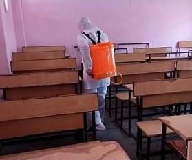 स्कूल में कोरोना की दस्तक, 500 से अधिक छात्राएं आती थीं विद्यालय