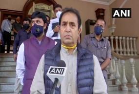 महाराष्ट्र: फडणवीस और राज ठाकरे के साथ कांग्रेस ने भी देशमुख का इस्तीफा मांगा, देशमुख बोले- परमबीर आरोप साबित करें, नहीं तो मानहानि का दावा करूंगा