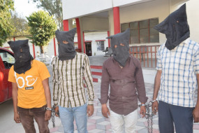 कर्मचारी ने ही बबुली गेंग के डकैत के साथ मिलकर की थी पेट्रोल पंप में लूट - 4 आरोपी गिरफ्तार