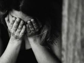 शादी के बहाने युवती को 1.60 लाख में बेचा, देवर और ससुर ने किया दुष्कर्म